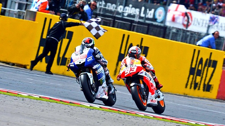 MotoGP #Throwback: Lorenzo vs Marquez στο Silverstone!