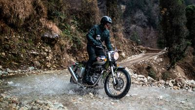 Royal Enfield Bullet Trials: Ένα «Works Replica» από την Ινδία…