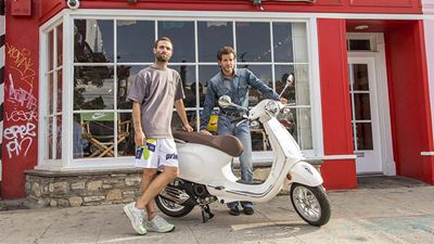 Vespa και Wotherspoon: Συνεργασία για το κάτι διαφορετικό