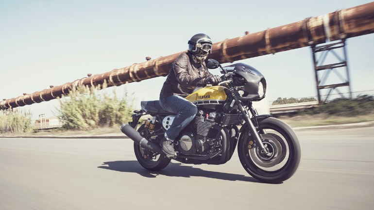 To Yamaha XJR 1300