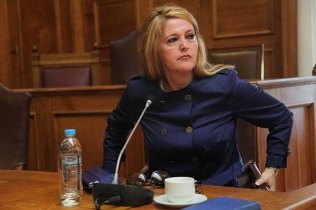 Αικατερίνη Τσακάλου